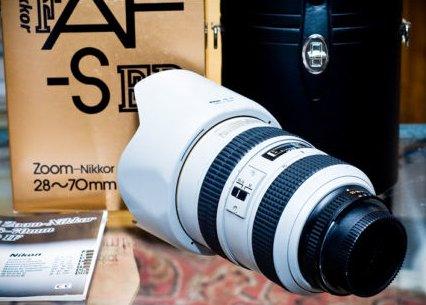 Nikon-LIGHT-GREY-AF-S-28-70mm-f2.8D-ED-IF-Lens