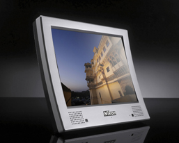 The NF-300i 3D digital photo frame