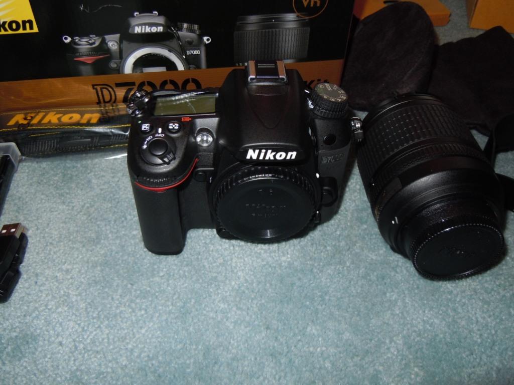 Nikon D7000 kit - what\'s in the box   Nikon Rumors