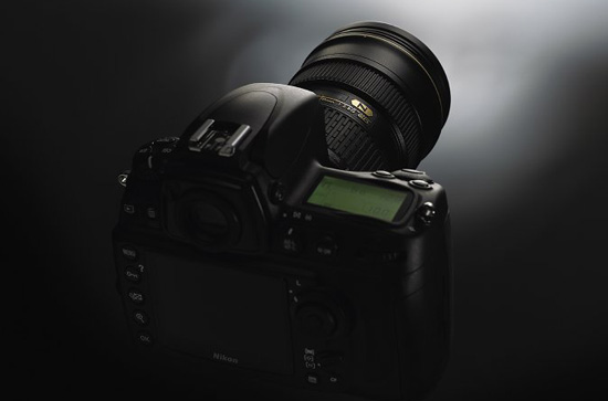 nikon d700 The name will be Nikon D800, the sensor will be 36MP (99% probability)