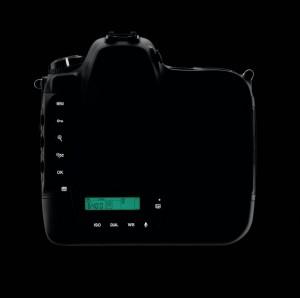 Nikon-D4-dark