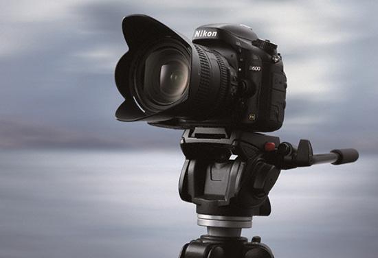 Nikon-D600-tripod