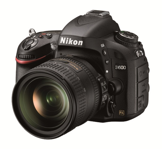Nikon D600 24 85 front Nikon D600, Nikkor 18.5mm f/1.8 lens, UT 1 communication unit announcements