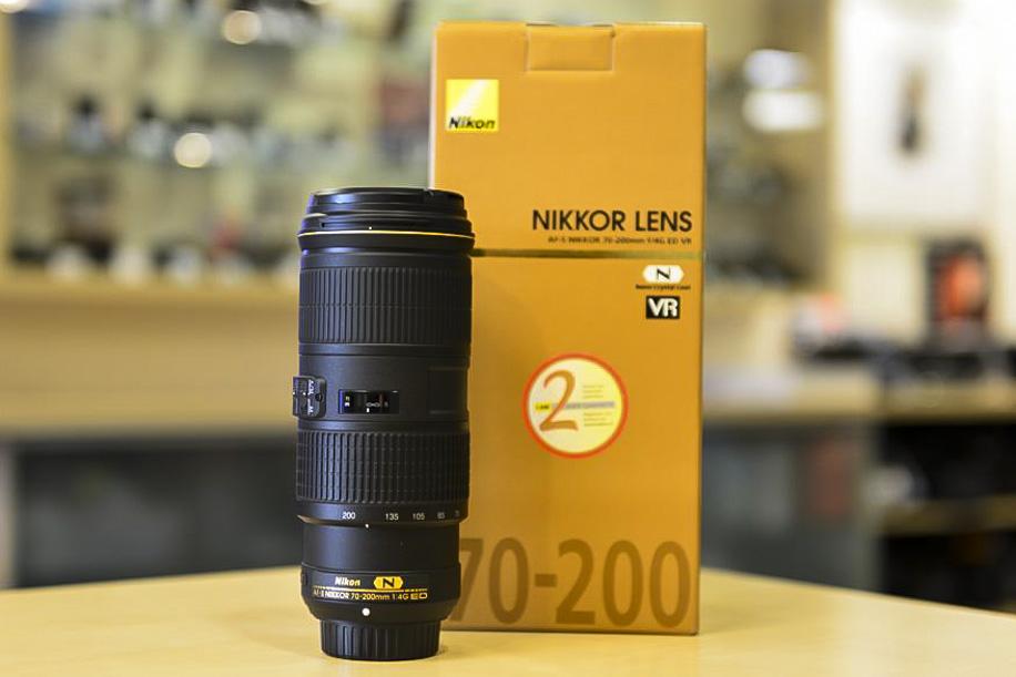 Nikon 70 200 f4.0 VR lens 3 Nikkor 70 200mm f/4G ED VR lens now shipping