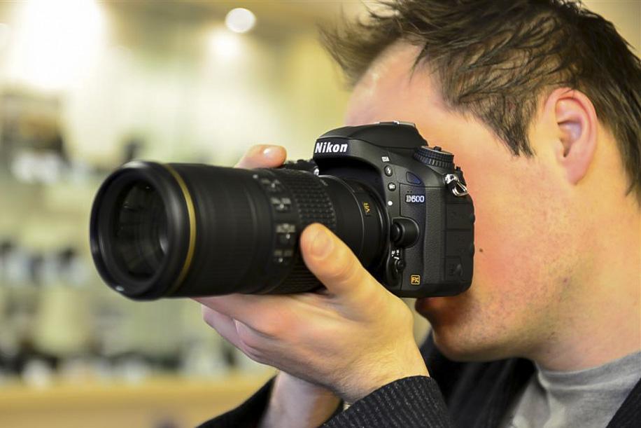 Nikon 70 200 f4.0 VR lens 4 Nikkor 70 200mm f/4G ED VR lens now shipping