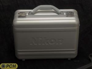 Nikon f1.8 lens case 2 300x225 Nikkor f/1.8 limited edition lens kit