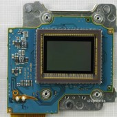 Nikon D5200 sensor made by Toshiba (2)
