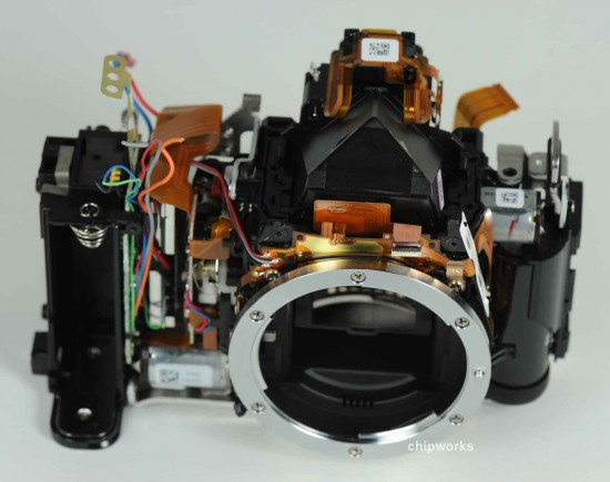 Nikon D5200 sensor made by Toshiba (3)