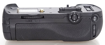 Phottix-BG-D800M-premium-battery-grip-for-Nikon-D800