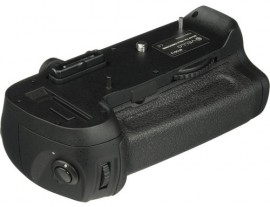 Vello-BG-N7-battery-grip-for-Nikon-D800