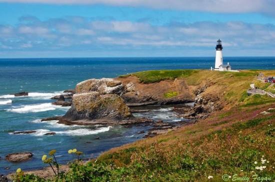 Yaquina Lighthouse, Central coast of Oregon.