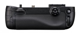 Nikon_MB_D15_battery_grip