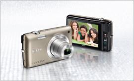 Nikon  Coolpix S4400 camera
