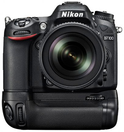Nikon-MB-D15-battery-grip-for-D7100