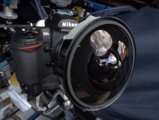 Nikon-D3s-ISS-NASA