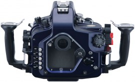 SeaandSea-MDX-D600-underwater-housing-for-Nikon-D600-back