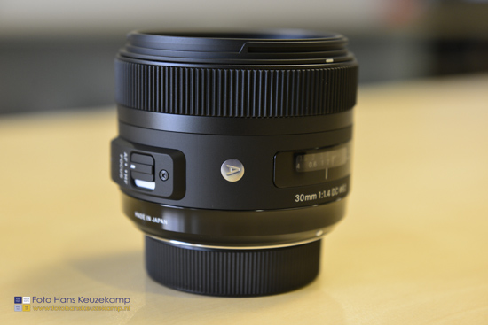 Sigma 30mm f1.4 DC HSM lens for Nikon 3