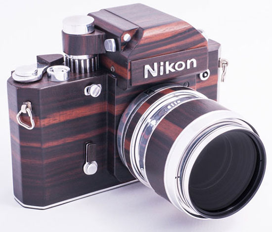 Homemade-Nikon-F2-replica-made-out-of-wood