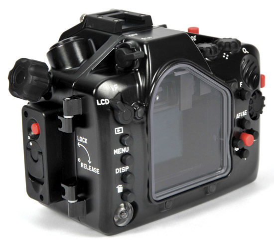 Nauticam NA-V2 underwater housing for Nikon 1 V2 5