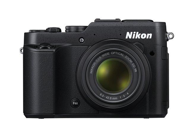 Nikon Coolpix P7800 front
