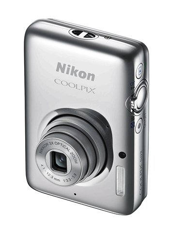 Nikon Coolpix S02 camera
