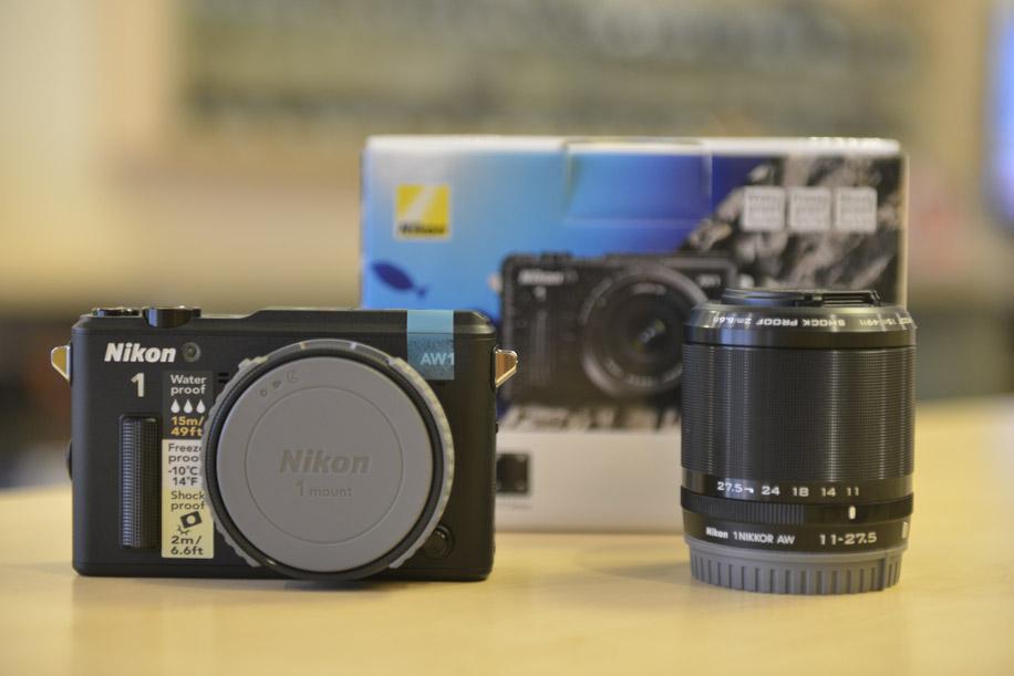 Nikon 1 AW1 underwater camera 1