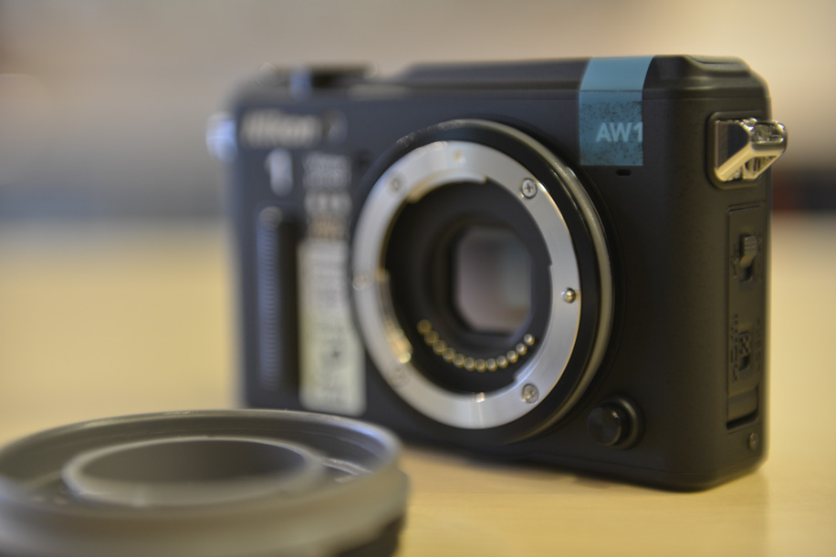 Nikon 1 AW1 underwater camera 2