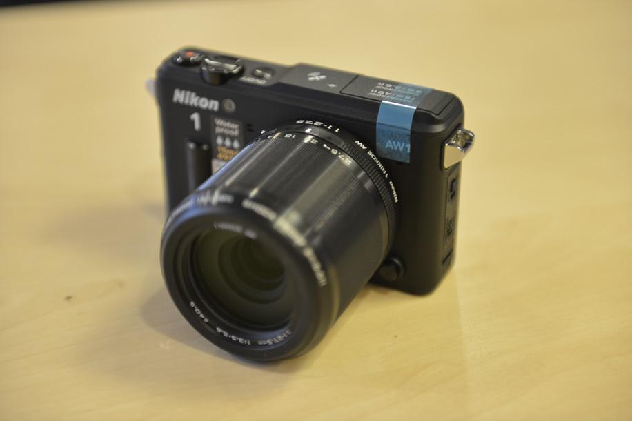 Nikon 1 AW1 underwater camera 5