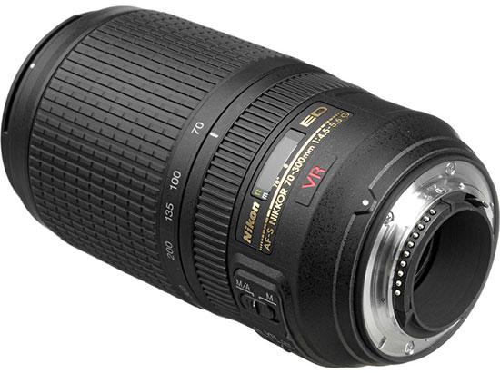 Nikon-AF-S-70-300mm-f4.5-5.6G-IF-ED-VR-lens