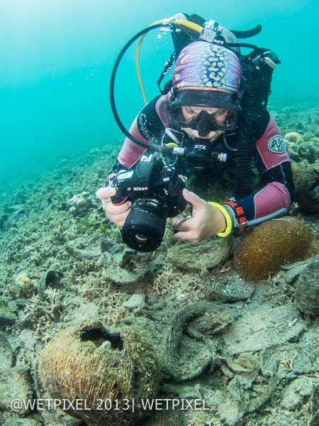 Nikon-DSLR-underwater-without-housing