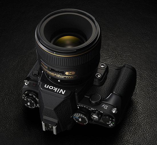 Nikon-Df-camera-with-Nikkor-58mm-f1.4G-lens
