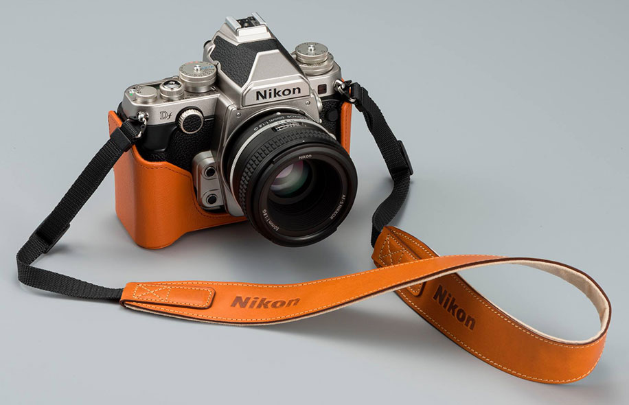 Nikon-Df-with-a-leather-case