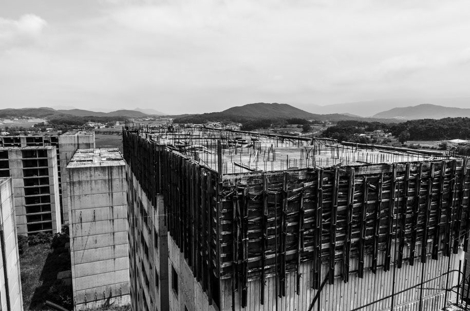 Urban Exploring in Korea 1