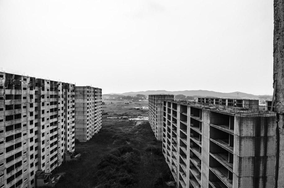 Urban Exploring in Korea 12