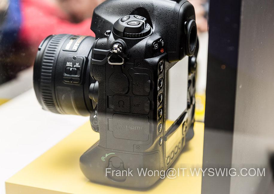 Nikon-D4s-DSLR-camera-back