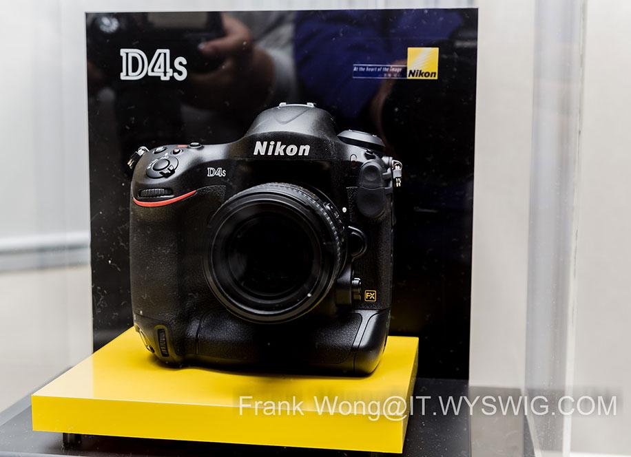 Nikon-D4s-DSLR-camera-front