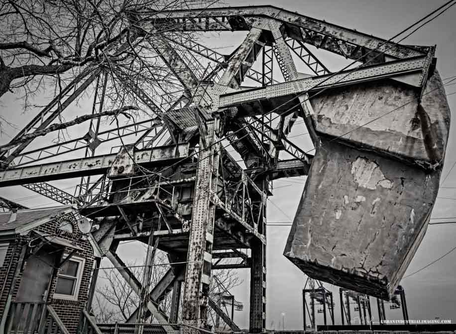 Monster Bridge Elizabeth