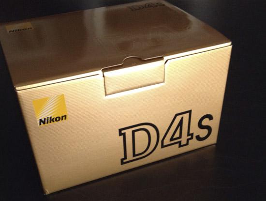 Nikon D4s box