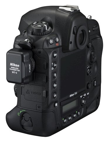 Nikon D4s with WT-5 wireless transmitter