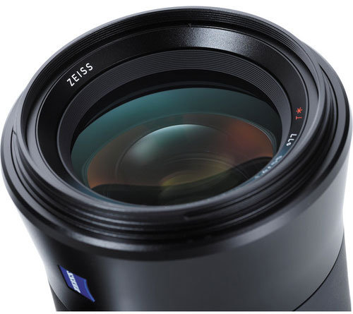 New-Zeiss-Otus-85mm-f1.4-lens-at-Photokina-2014
