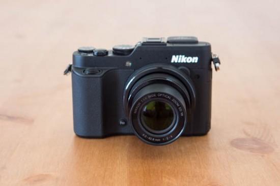 Nikon-Coolpix-P7800-Front