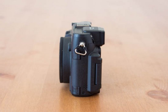 Nikon-Coolpix-P7800-Off