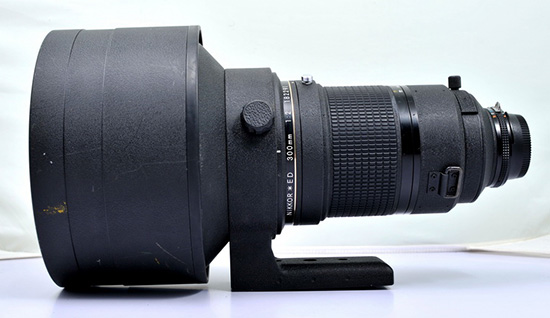 Nikon-Nikkor-300mm-f2-ED-IF-AIS-lens