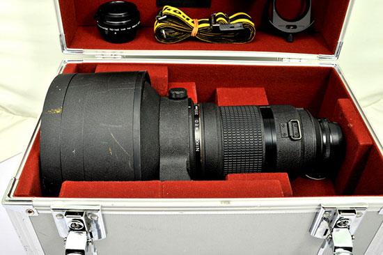 Rare-Nikon-Nikkor-300mm-f2-lens