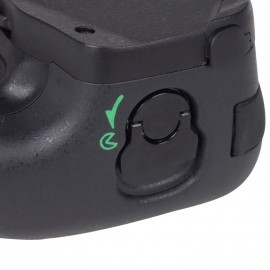 Third party battery grip BG-2P for Nikon Df camera 4