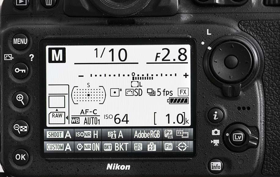 Nikon unveils D7500 midrange DSLR with many of the D500's ...   Nikon Dslr Screen
