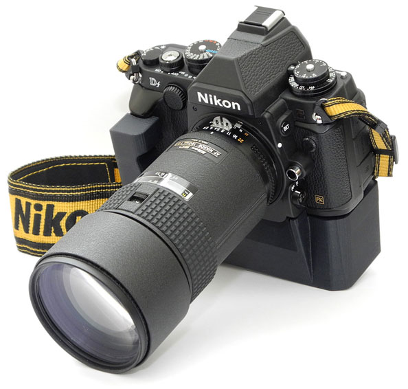 version of the 3D printed grip for Nikon Df camera is now available