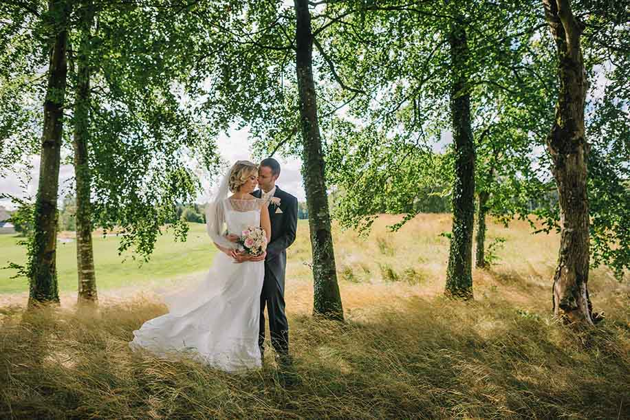 Nikon Wedding Photography: Creative Underexposure With Nikon DSLR Camera