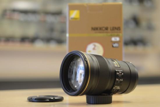 Nikkor 300mm f-4E PF ED VR lens 2