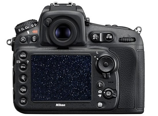 Nikon-D810-DSLR-camera-for-astrophotography-with-increased-hydrogen-alfa-sensitivity